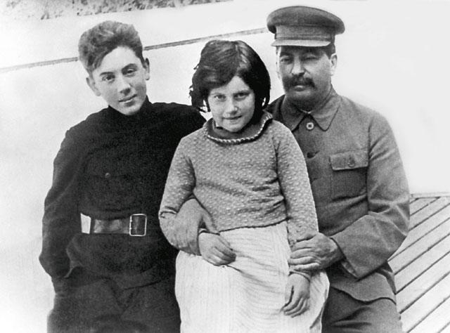 Как сложилась судьба дочери Сталина?