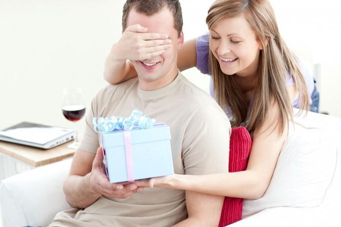 Что жена никогда не должна дарить мужу?