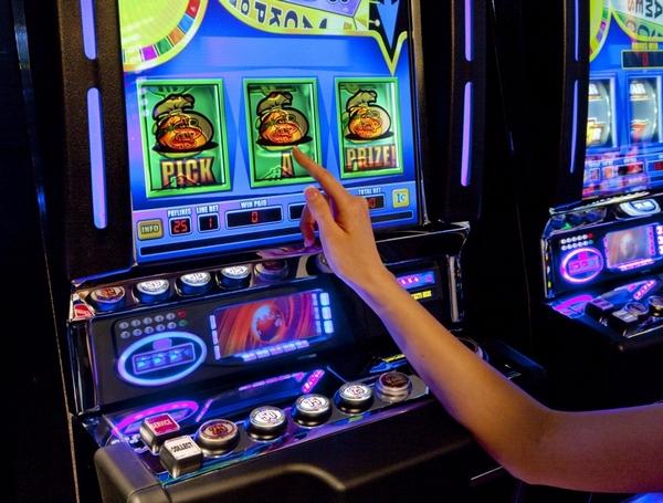 Слово мания-игровые автоматы игра игровые автоматы фрут коктел играть