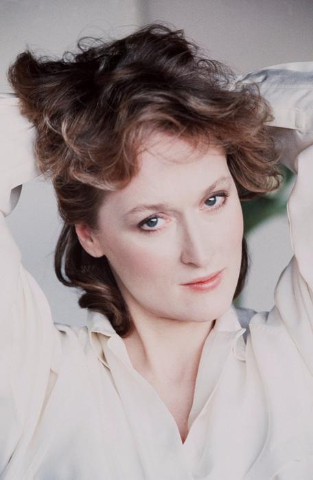 kinopoisk.ru-Meryl-Streep-1120510 (456x700, 323Kb)