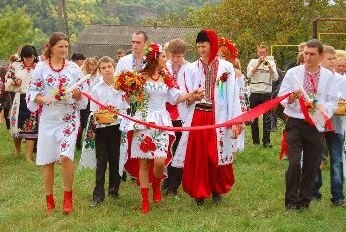 Украинец (представитель славянского народа)