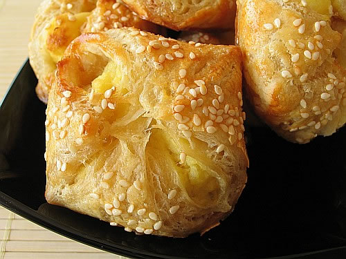 Кныш (вид белого хлеба)