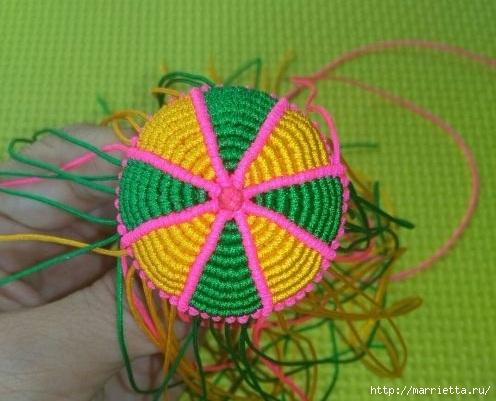 Плетение миниатюрного зонтика для куклы (10) (496x401, 127Kb)