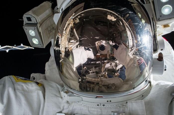 Выход в открытый космос — фото и видео