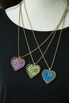 6226115_e0ce4585e1bd7575e1415765a3f0d99ezippercraftszipperjewelry (236x353, 14Kb)