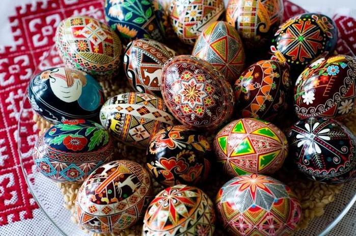 Крашанка (пофарбоване куряче яйце)