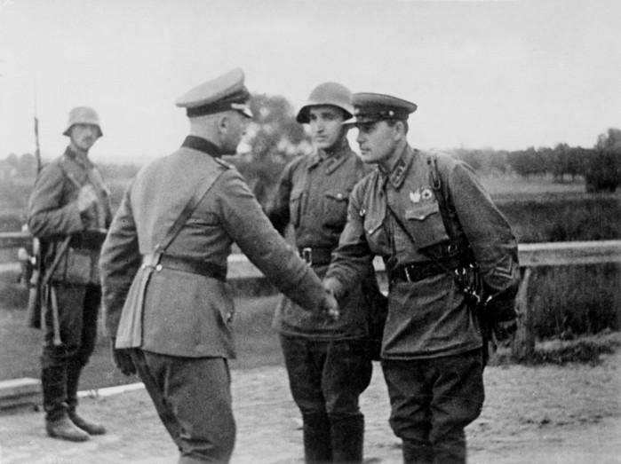 Генерал Власов: каким был «спаситель Москвы» до предательства