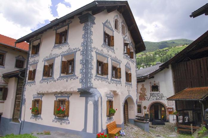 швейцарская коммуна Бергюн Бравуонь 3 (700x465, 357Kb)