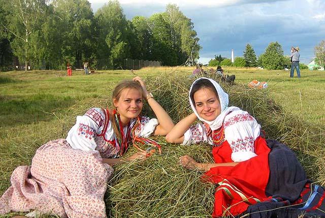 Что делали русские на сенокосе