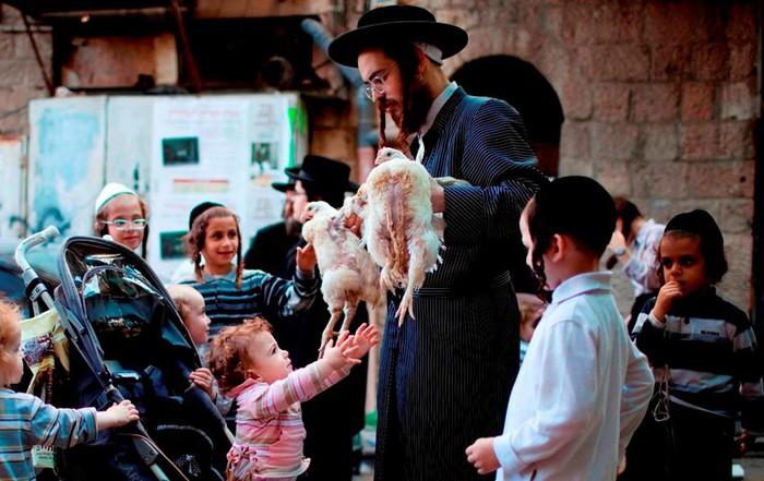 Почему у евреев национальность определяется по матери?