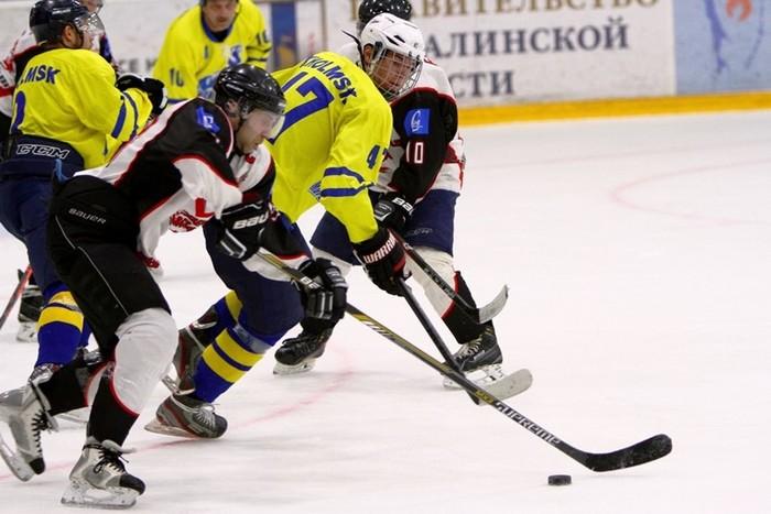 «Северная Звезда» трижды поразила ворота Александра Козубенко