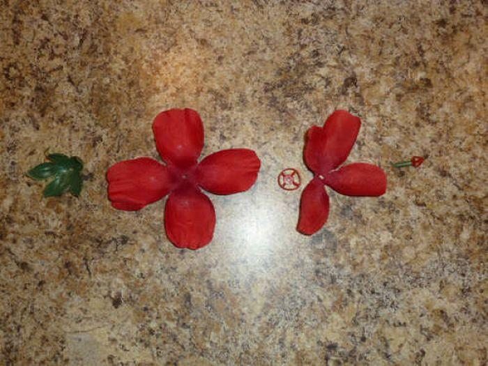 Как сделать подарок   розы из бекона (фото/видео инструкция)