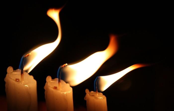 Как использовать свечи для борьбы с негативом
