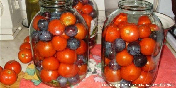5177462_pomidory_s_sinimi_slivami__naxodka_zimoj__naget_ru (600x300, 138Kb)