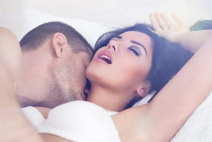 Притворство в сексе: имитировать ли оргазм?