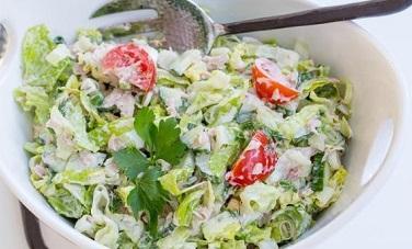 Салат с тунцом и овощами (376x227, 44Kb)