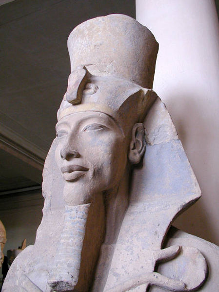 449px-Akhenaten_statue (449x599, 48Kb)