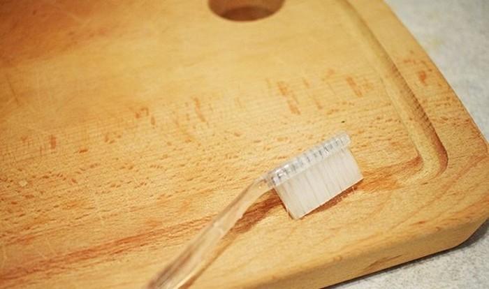 Как в быту могут пригодиться старые зубные щетки