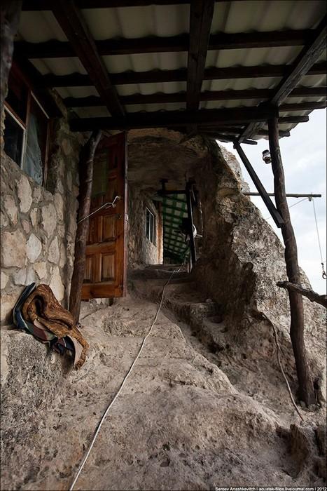 Пещерный монастырь Шулдан в Крыму