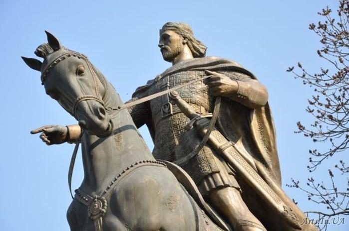 7 легендарних скарбів України, не знайдених до нашого часу