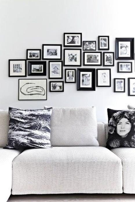 Как развесить фотографии на стене?