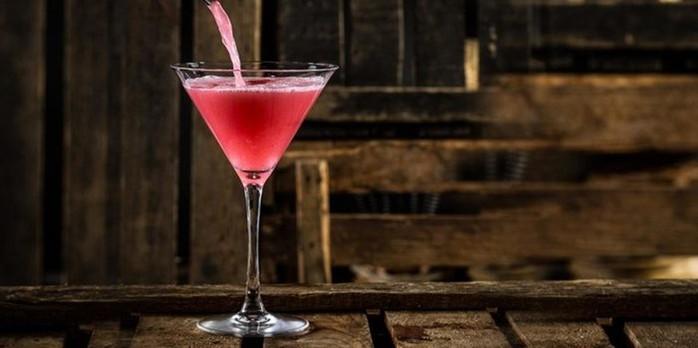 Коктейль «Космополитен» — лучшие алкогольные рецепты