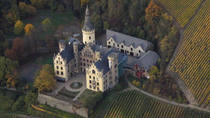 Schloss_Arenfels1 (700x393, 183Kb)