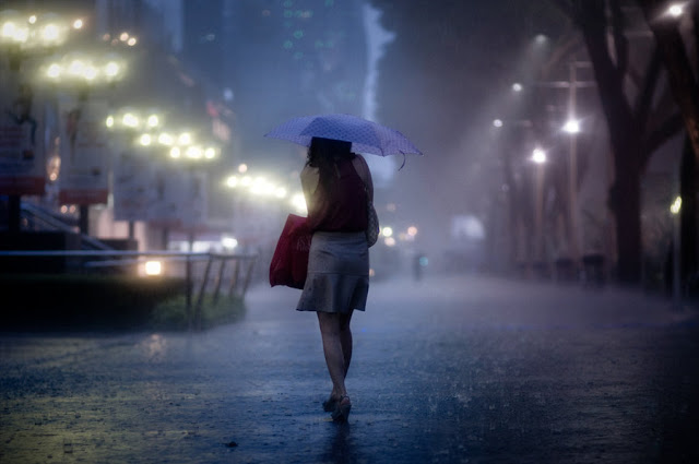 441braving_the_night_rain (640x425, 42Kb)
