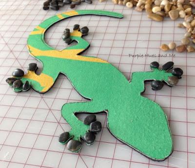 Ящерка из гальки - украшение handmade для сада (7) (400x345, 143Kb)