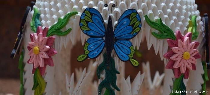 Очень красивый фонарь с цветами и бабочками. Модульное оригами (10) (700x316, 161Kb)