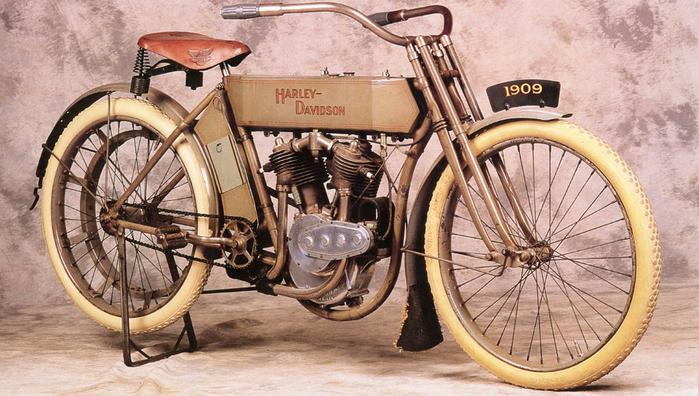 1909 Harley-Davidson V-Twin Right-Front (700x396, 394Kb)