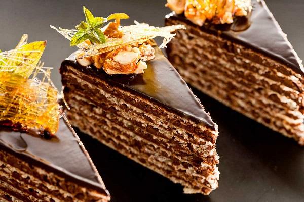 wafelnyj-tort-s-shokoladnym-kremom-s-Krokant (600x400, 119Kb)