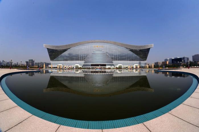 самый большой в мире торговый центр 1 (700x466, 245Kb)