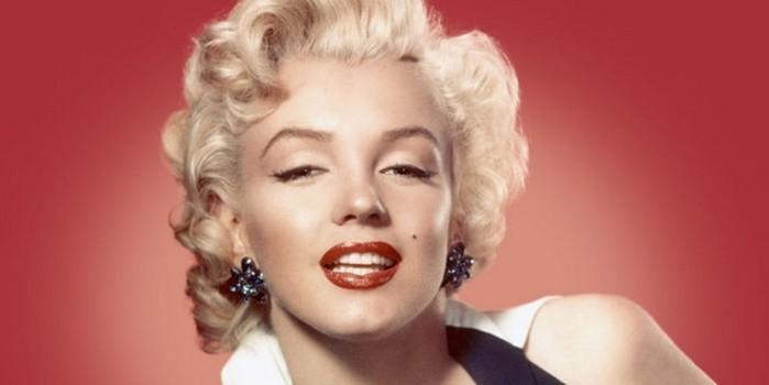 Пышные губы без уколов: делаем контуринг губ, как у Мэрилин Монро