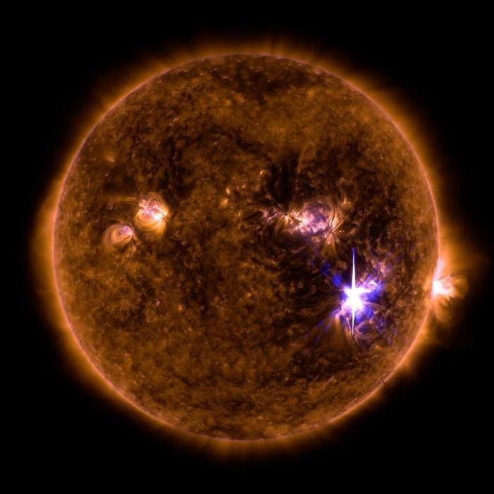 4052195_solarflare (700x700, 45Kb)