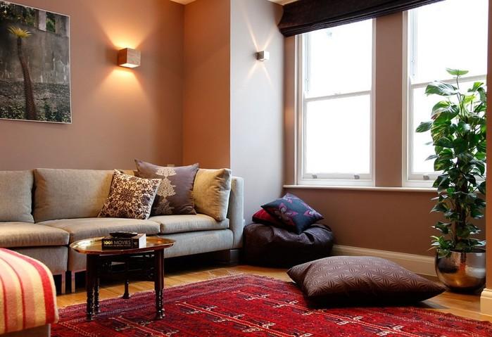 «Дом вверх дном», или Как сделать свое жилье уютнее?