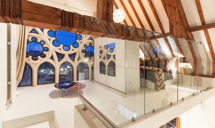 Как заброшенную церковь превратили в роскошные апартаменты