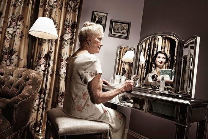 Зеркало помнит   проект Тома Хасси