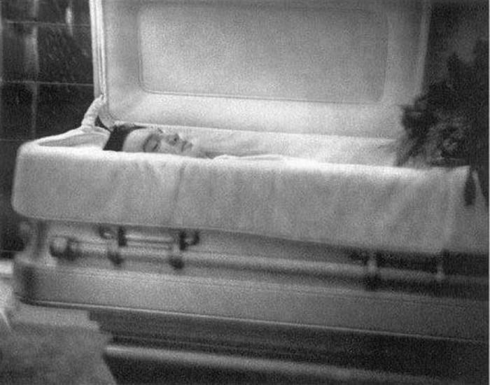 Знаменитости, смерть которых могла быть фальсификацией