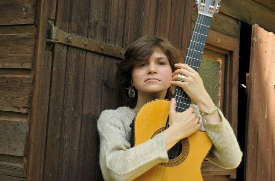 people-singer-elena-frolova-mask9 (550x363, 75Kb)