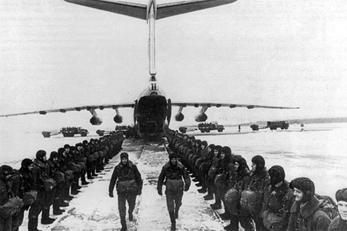 Каких призывников брали служить в десантники