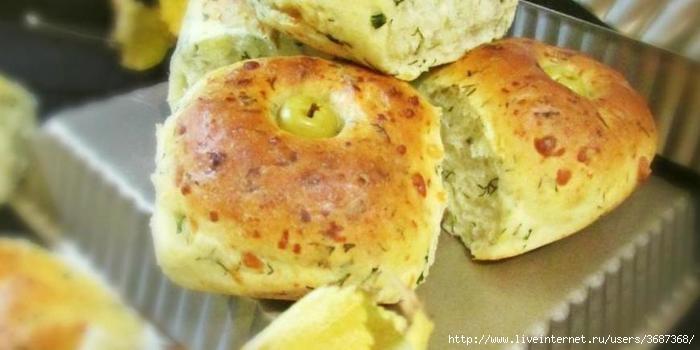 Сырные булочки с укропом и оливками (700x350, 110Kb)
