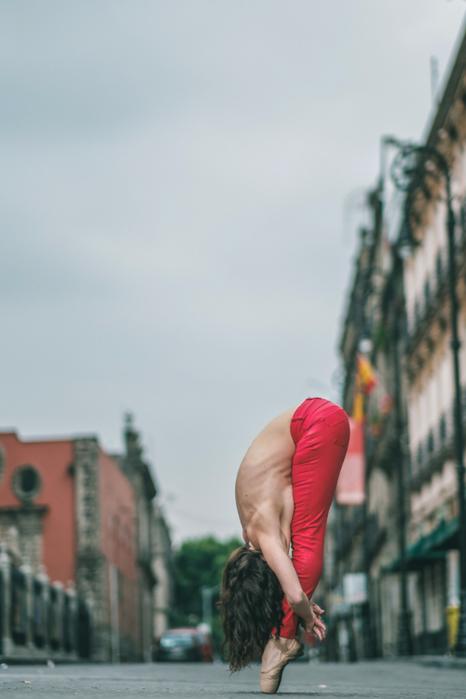 Уличный балет от фотографа Omar Z. Robles. Мексика