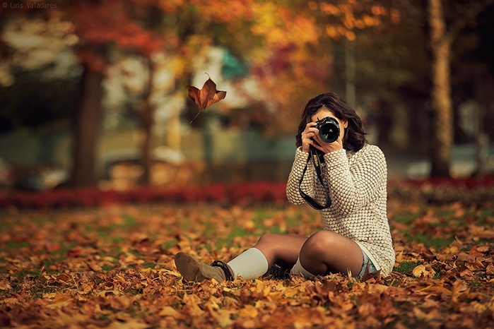 6215351_Autumn_Sitting_Camera_503389 (700x466, 122Kb)