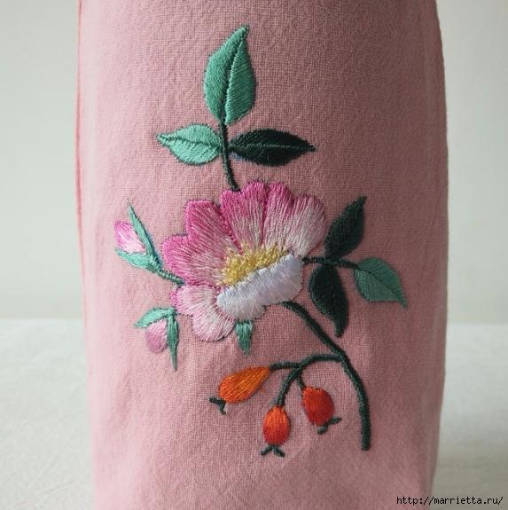 Цветы объемной вышивкой гладью. Красивые работы (59) (573x575, 207Kb)