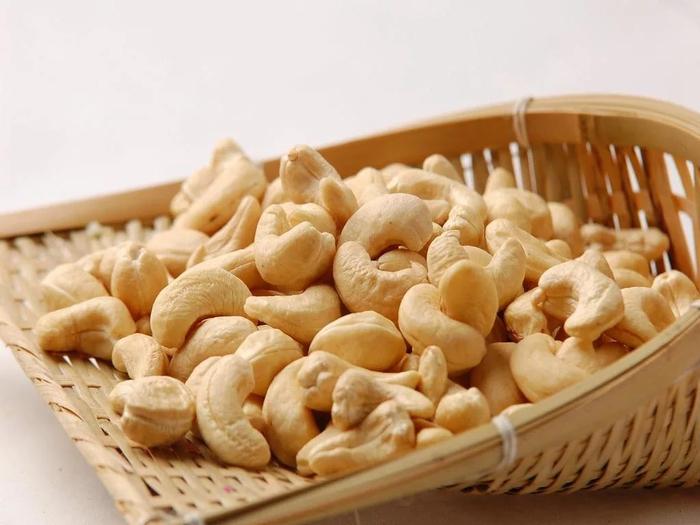 кешью орехи 2 (700x525, 287Kb)