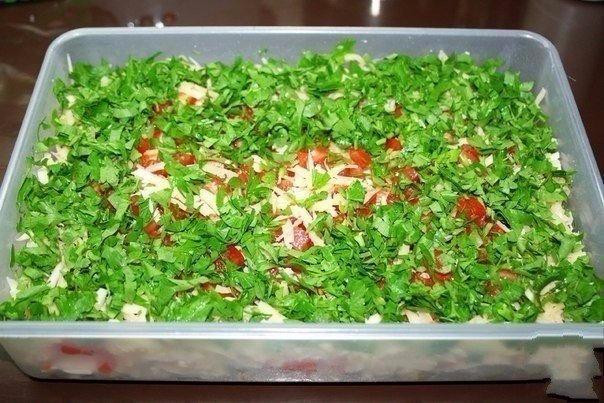 Самый вкусный салат с сыром рецепт