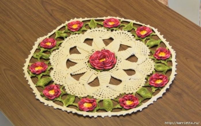 Красивая круглая салфетка с розочками (7) (700x439, 246Kb)