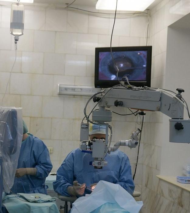 Больница операция/6173778_femtokatarakta (625x700, 232Kb)