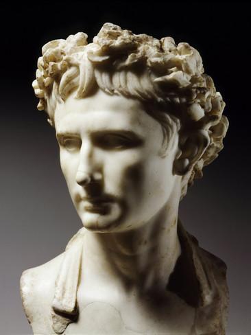 augustus-63-bc-14-ad-roman-emperor (366x488, 19Kb)